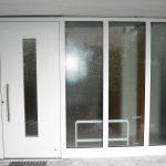 Alu-Haustüranlage mit Festverglasung